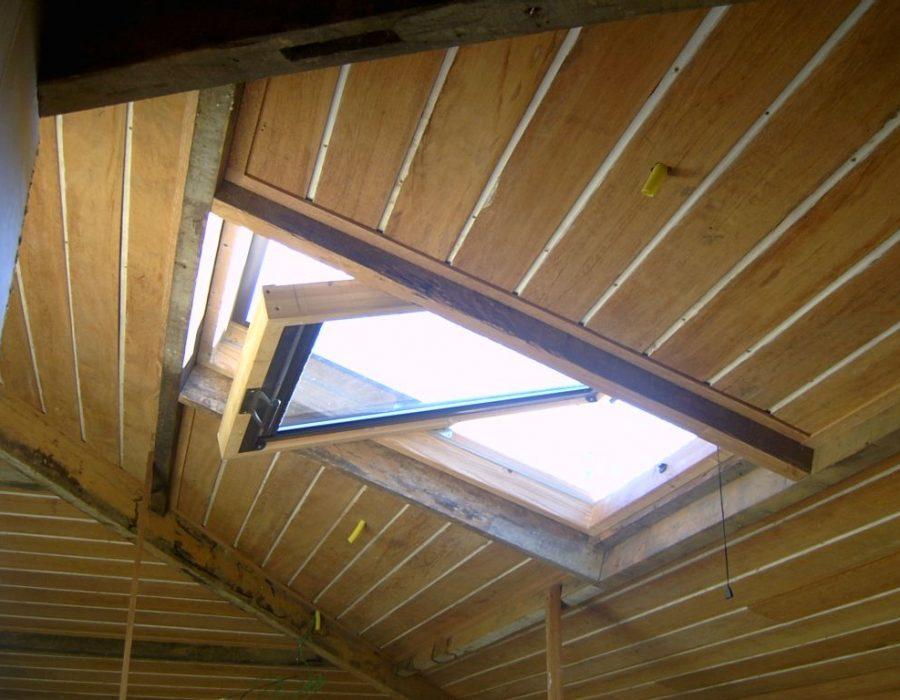 janela de telhado pivotante 2